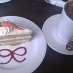 Carrot Cake & Hot Chocolate :o)