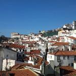 Le ravissement de la vue sur le Miradouro Santa Luzia chaque matin