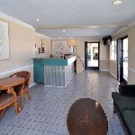 Photo of Orange Tustin Inn