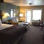 Room 325, nice