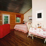 The Woodcreek cabin ~ made for two!