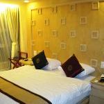 The room @ Smart Suites