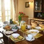 Breakfast at Eastbrook Cottage