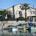 La Maison de réve, sur le petit port...