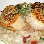 Seared scallops with a onion risotto. Fabulous!
