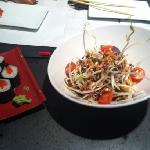 Salmon maki and vegetable salad