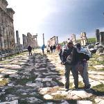 Via colonnata