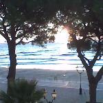 Blick am frühen Morgen vom Zimmerbalkon