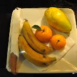 Commendable Fruit basket