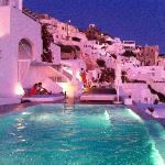 piscine en soirée