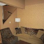 queen loft lounge area