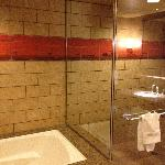 Wonderful tub and shower