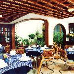 Restaurante - Casa Hoteles Zuetana - Bogota - Colombia