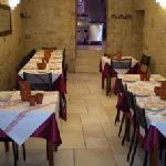 Il nostro ristorante è pronto ad ospitare i suoi clienti in due accoglienti sale