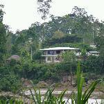 Banana Lodge vom der Flussseite
