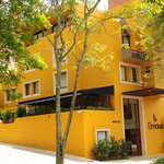 Fachada Hotel Emaus Bogota - Front View Hotel Emaus Bogota