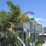 Commodore Motor Inn