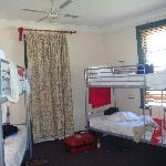 Room 311 - 6 bed dorm