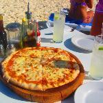 The Wah Wah Beach club pizza