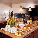 Complimentary Full Breakfast Buffet