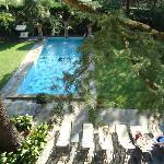 La piscine dans le parc