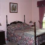 Cottage Double/Single Bedroom