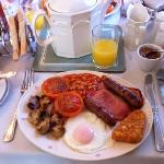 Ian's cooked Beck Allans breakfast - perfection on a plate (and it tastes as good as it looks!!!
