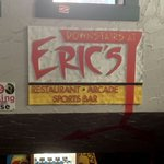 Foto de Downstairs at Eric's