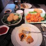 Sesame balls, tofu and vegetable puffs
