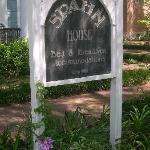 Foto di Spahn House