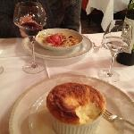 grand marnier souffle and strawberry gratin