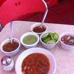 salsas de El Farolito