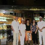 Con amigos y los heladeros de Soppelsa, sucursal Godoy Cruz