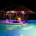 Pool bar - At night