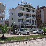 Connys hotel