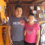 Santos and Mirna, Uolis Nah managers.