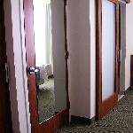 Kleiderschrank zwischen Bad und WC