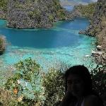 cleanest lale in the philippines : kayangan lake