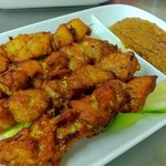 satay chicken with sweet spicy peanut sauce