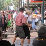 Dancing in the streets - Kiama Jazz & Blues Festival March 2012