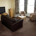 Seaview suite lounge area