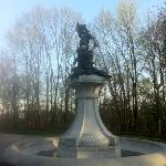 hogan fountain on scenic loop
