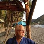 beach-side dining