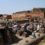 Rest. Ruinen der Universität von Nalanda