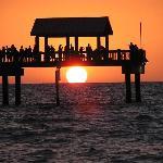 Sunset Pier 60