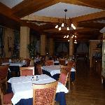 Salle de petit-déjeuner et dîner