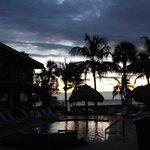 La piscine au lever du jour