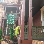 Entrance to Maryland Inn