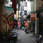 Alley that Manh Dung is on.. Very Quite.