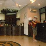 Hwy 21 Lobby